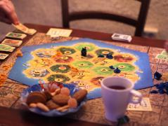 Чай печеньки и игра.